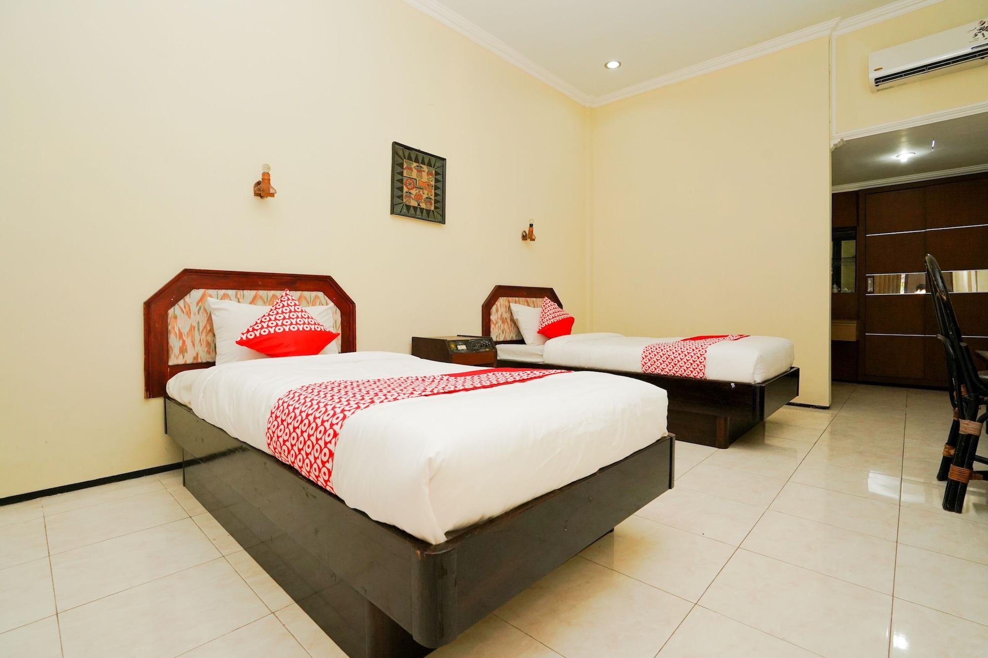 OYO 1652 Hotel Tampiarto, Probolinggo