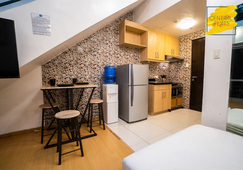 Avant BGC Apartment by Central Flats, Makati City