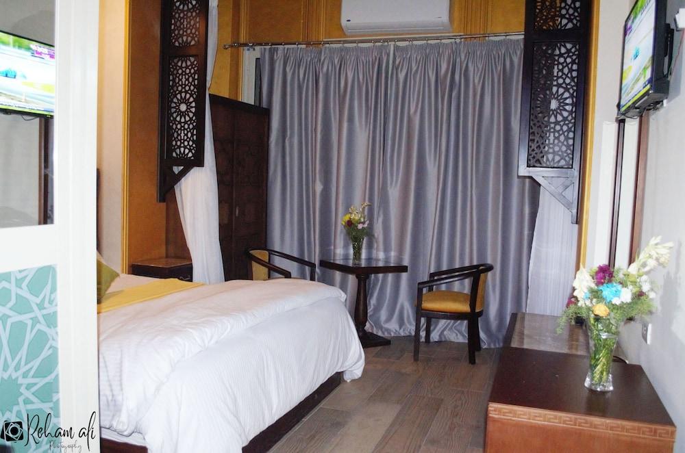 ザ ロケーション ホテル