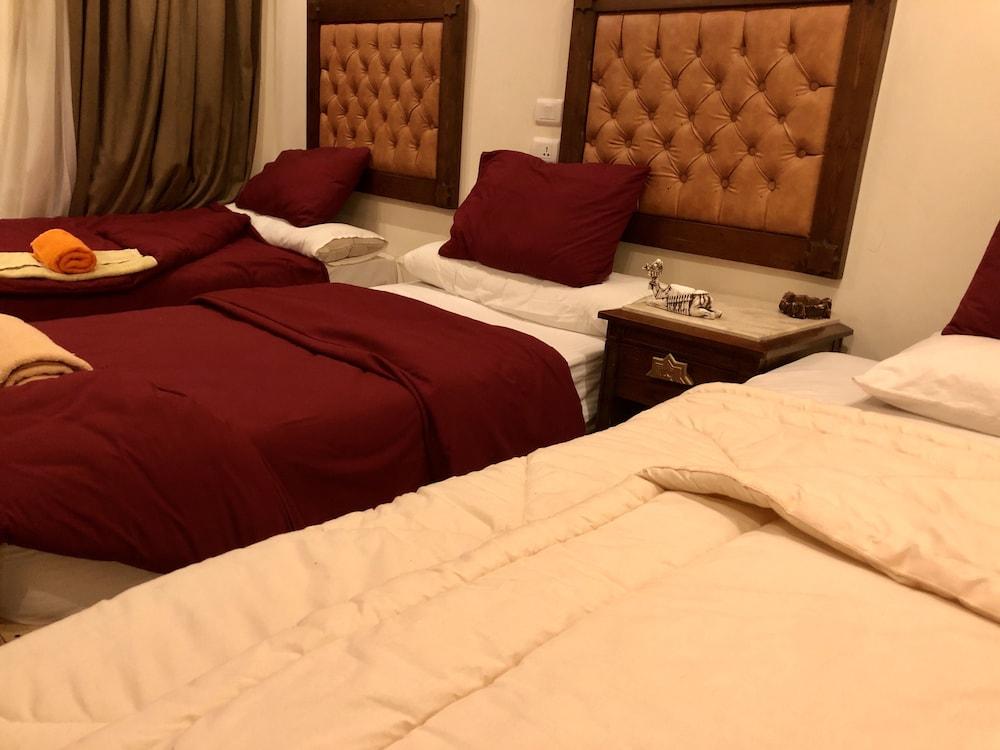 サン ピラミッズ ビュー イン