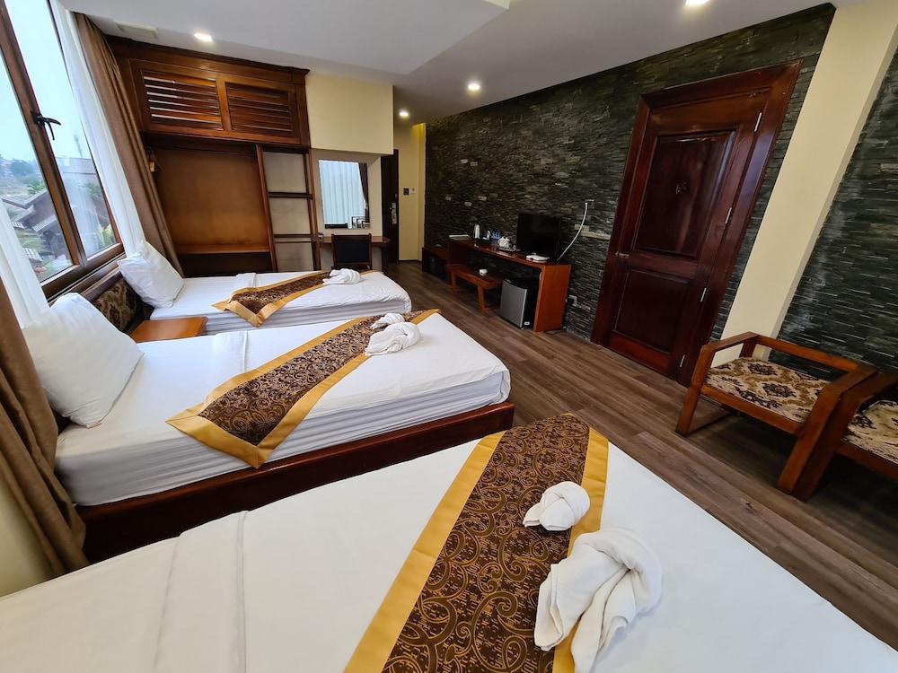 https://i.travelapi.com/hotels/45000000/44980000/44977100/44977042/01932d61_z.jpg
