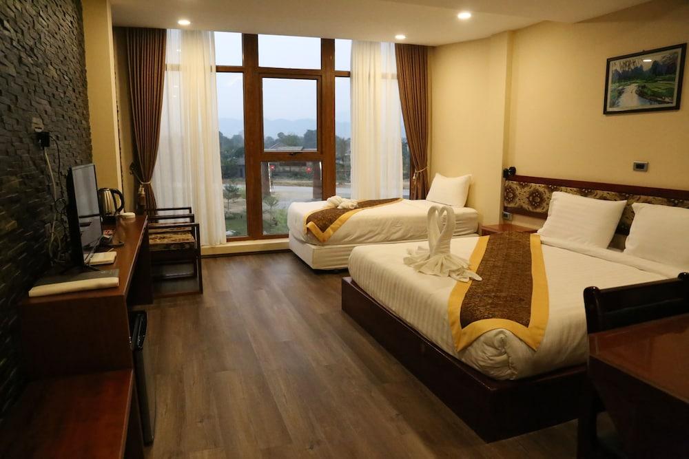 https://i.travelapi.com/hotels/45000000/44980000/44977100/44977042/13ffe436_z.jpg