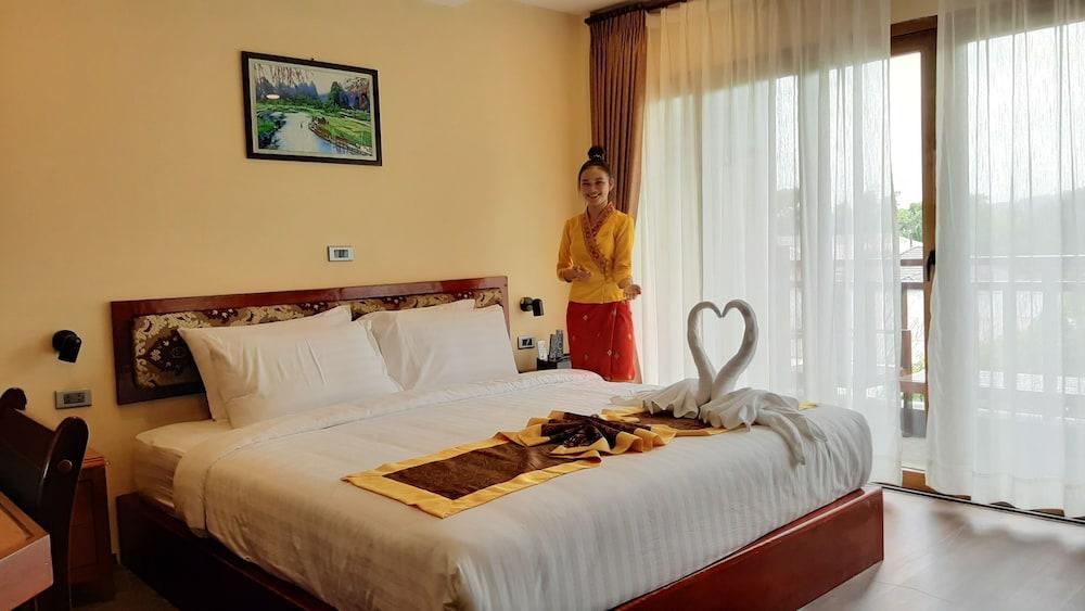 https://i.travelapi.com/hotels/45000000/44980000/44977100/44977042/36571b0e_z.jpg