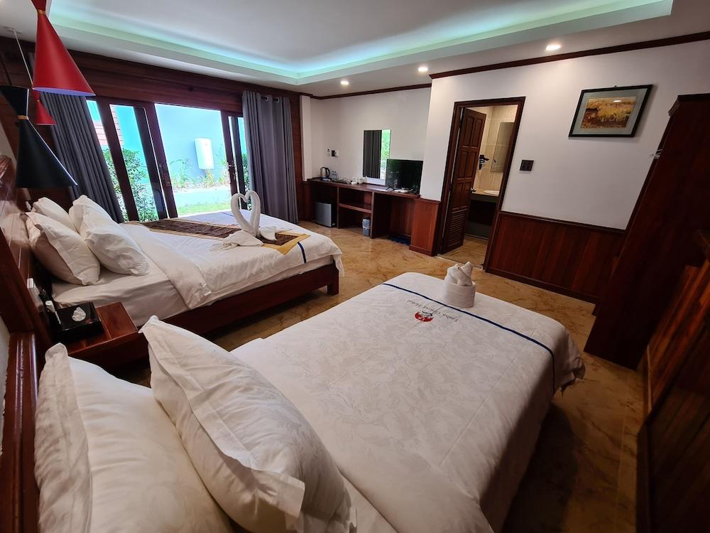 https://i.travelapi.com/hotels/45000000/44980000/44977100/44977042/c86dea5e_z.jpg