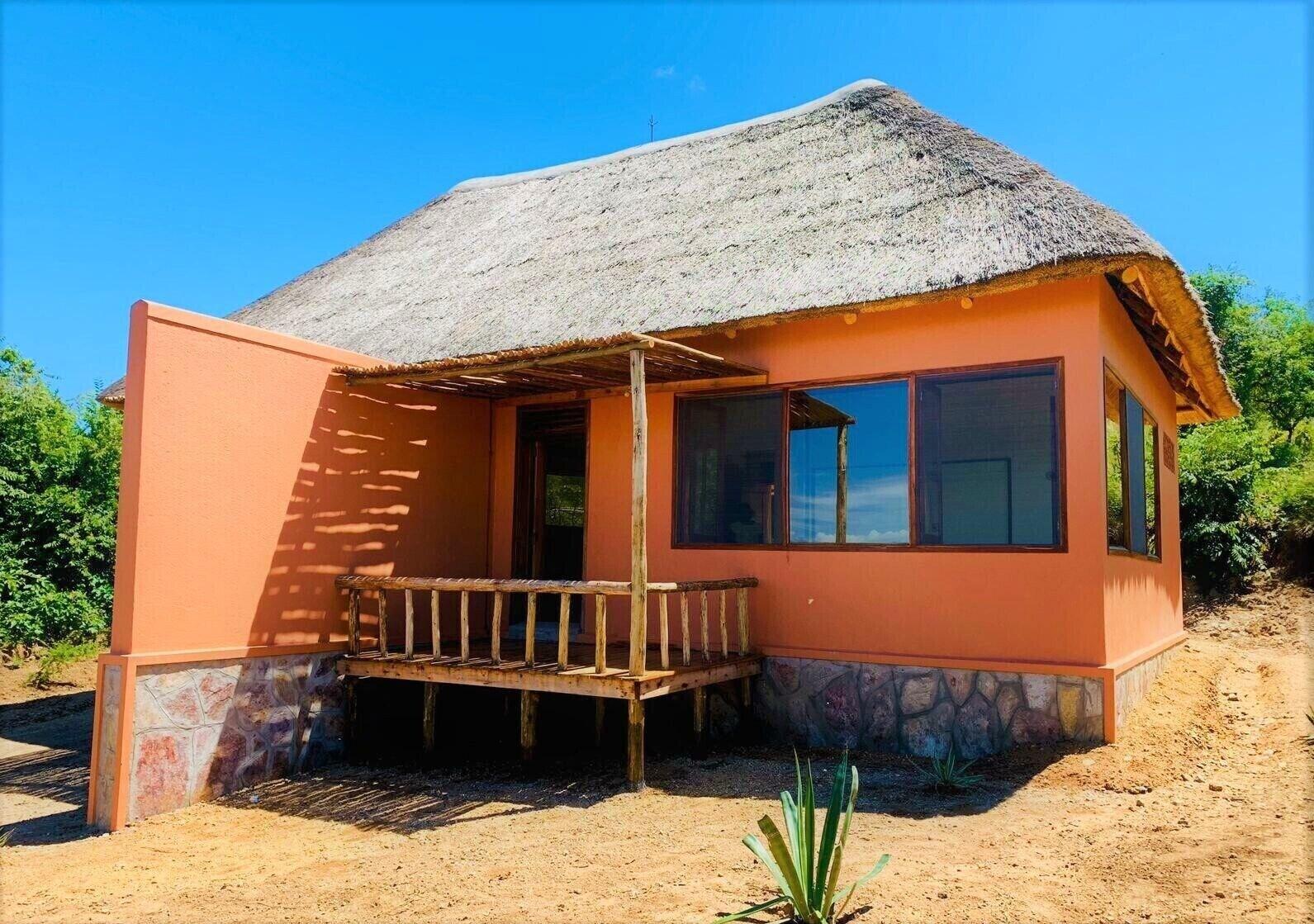 Kikonko Lodge, Bugahya