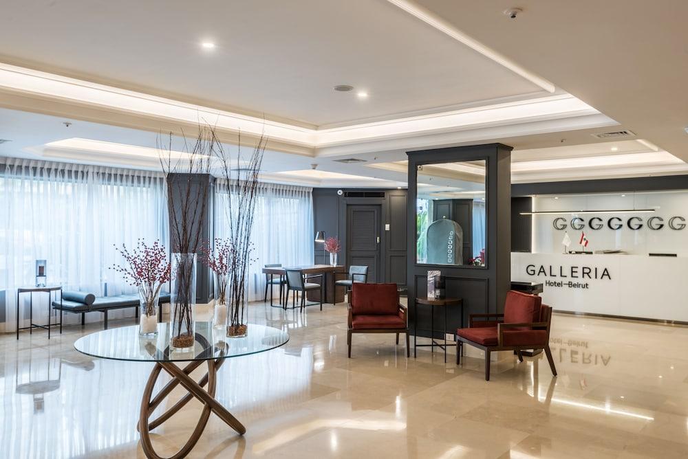 https://i.travelapi.com/hotels/46000000/45020000/45017300/45017212/aee0256f_z.jpg