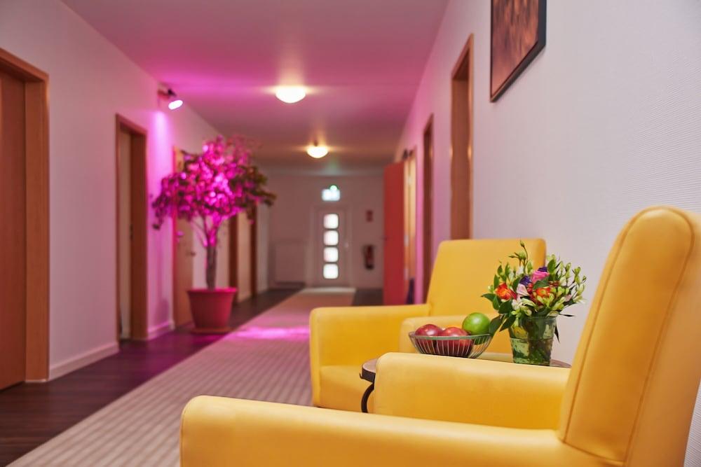 ヨース ホテル