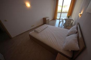 Menada Negresco Apartments