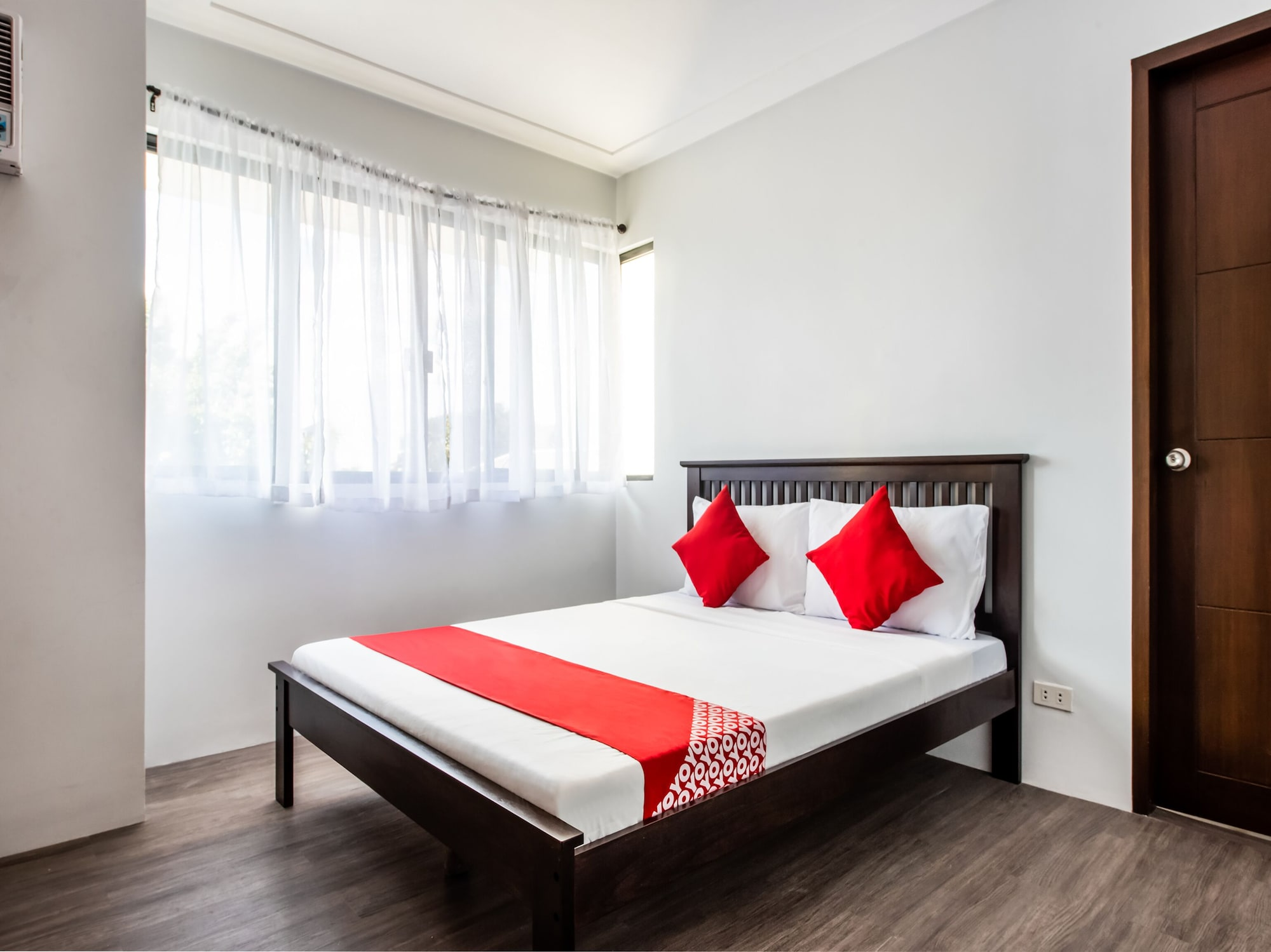 Oyo 507 Terran Suites, Quezon City