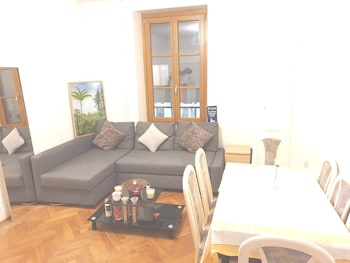 APARTMENT WITH ONE BEDROOM IN PAQUIS-NATIONS, GENEVE, WITH WONDERFUL CITY VIEW AND WIFI