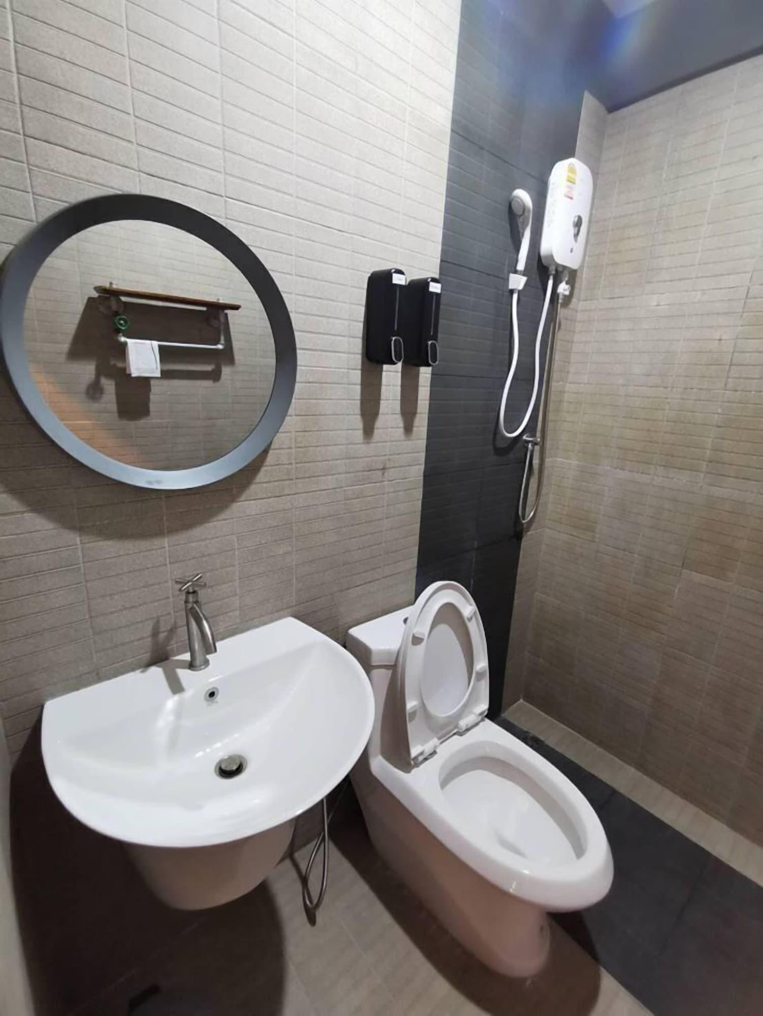 Pakarang Resort, Langu
