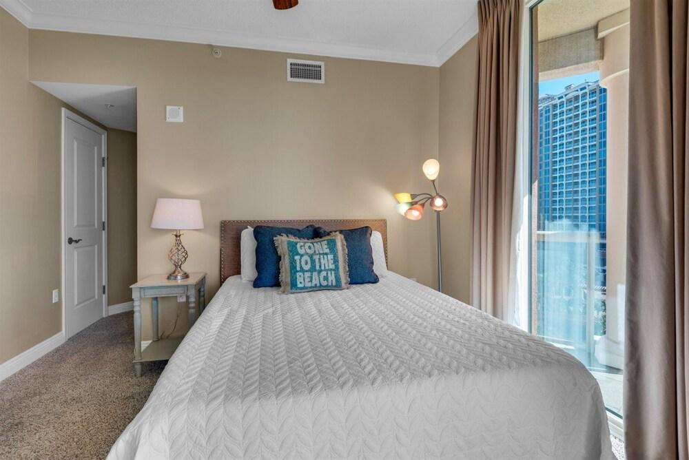 https://i.travelapi.com/hotels/47000000/46260000/46255300/46255271/f0e08525_z.jpg