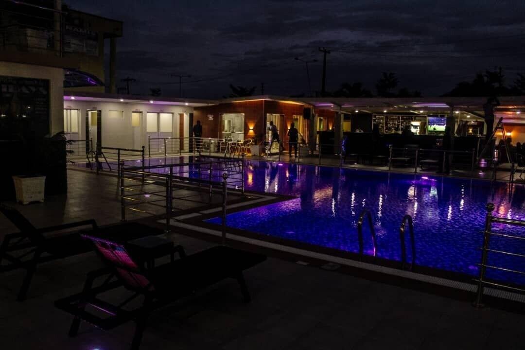 Villa Park Hotels, Ajeromi/Ifelodun