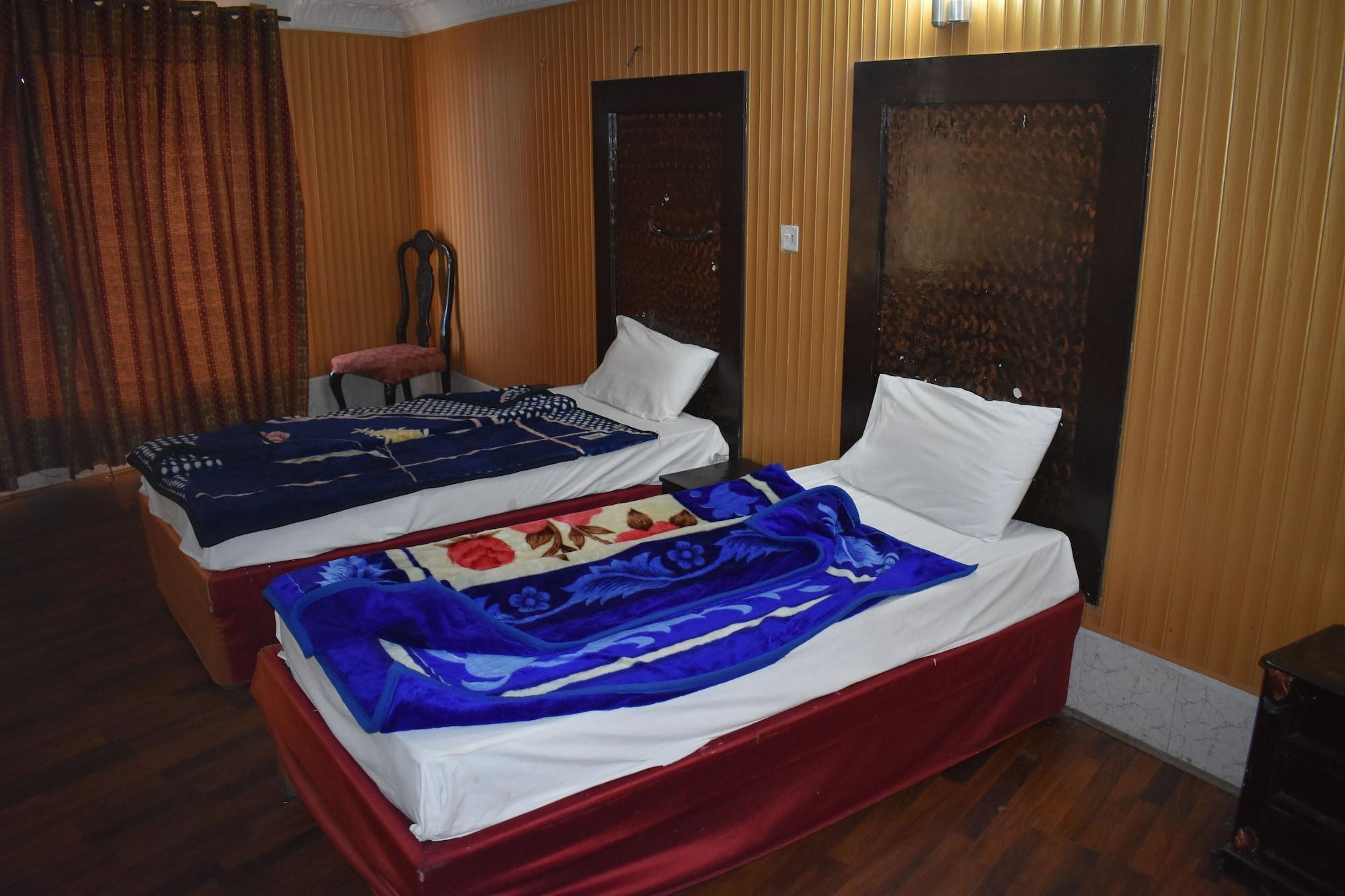 Grand Heights Hotel, Rawalpindi