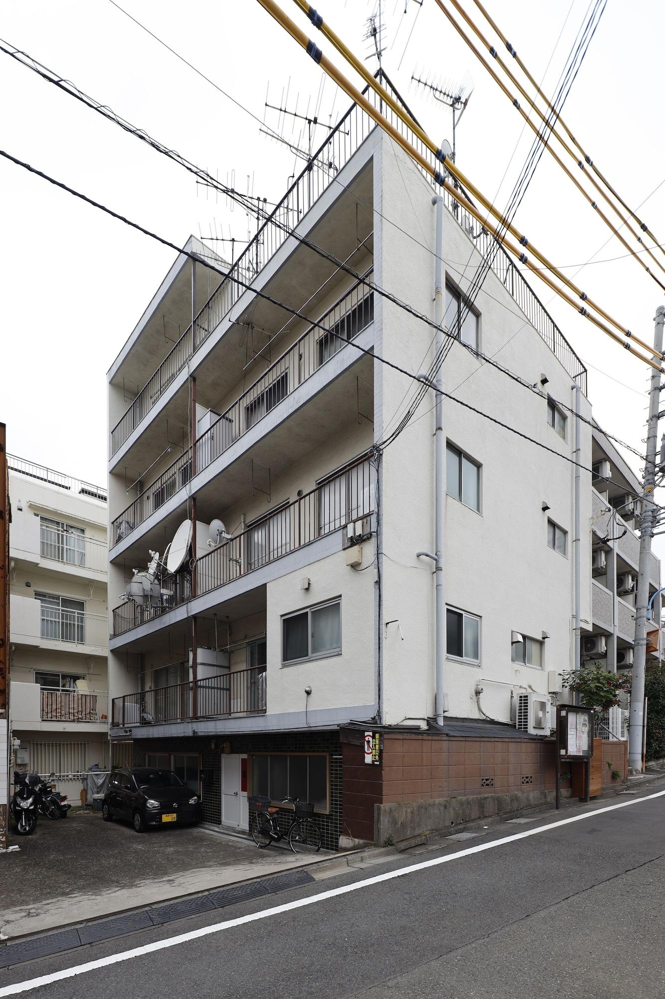 G&R House 201, Shinjuku
