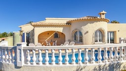 Lush Villa With Swimming Pool in Benitachell