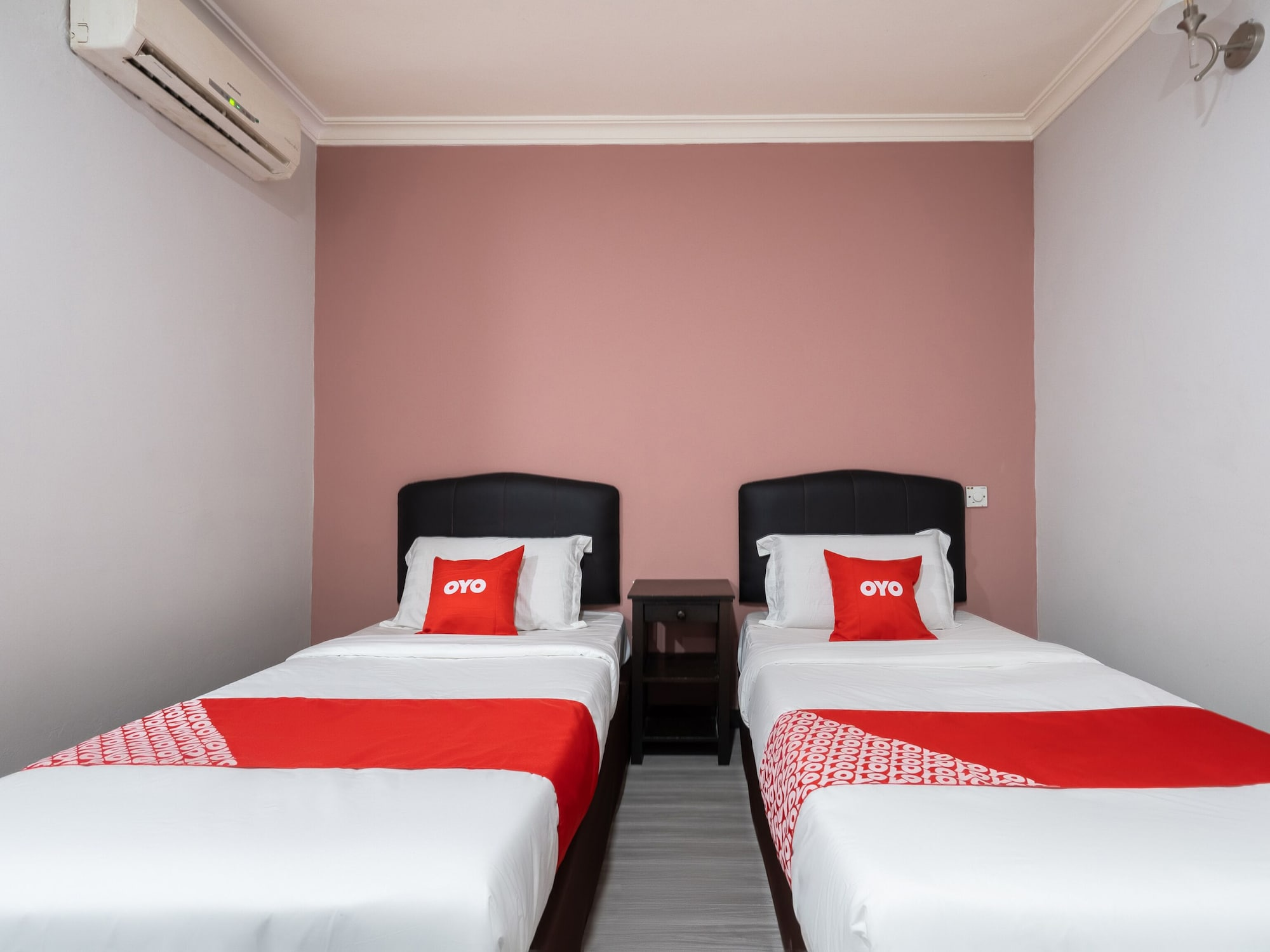 OYO 89844 Green Villa Hotel, Seremban