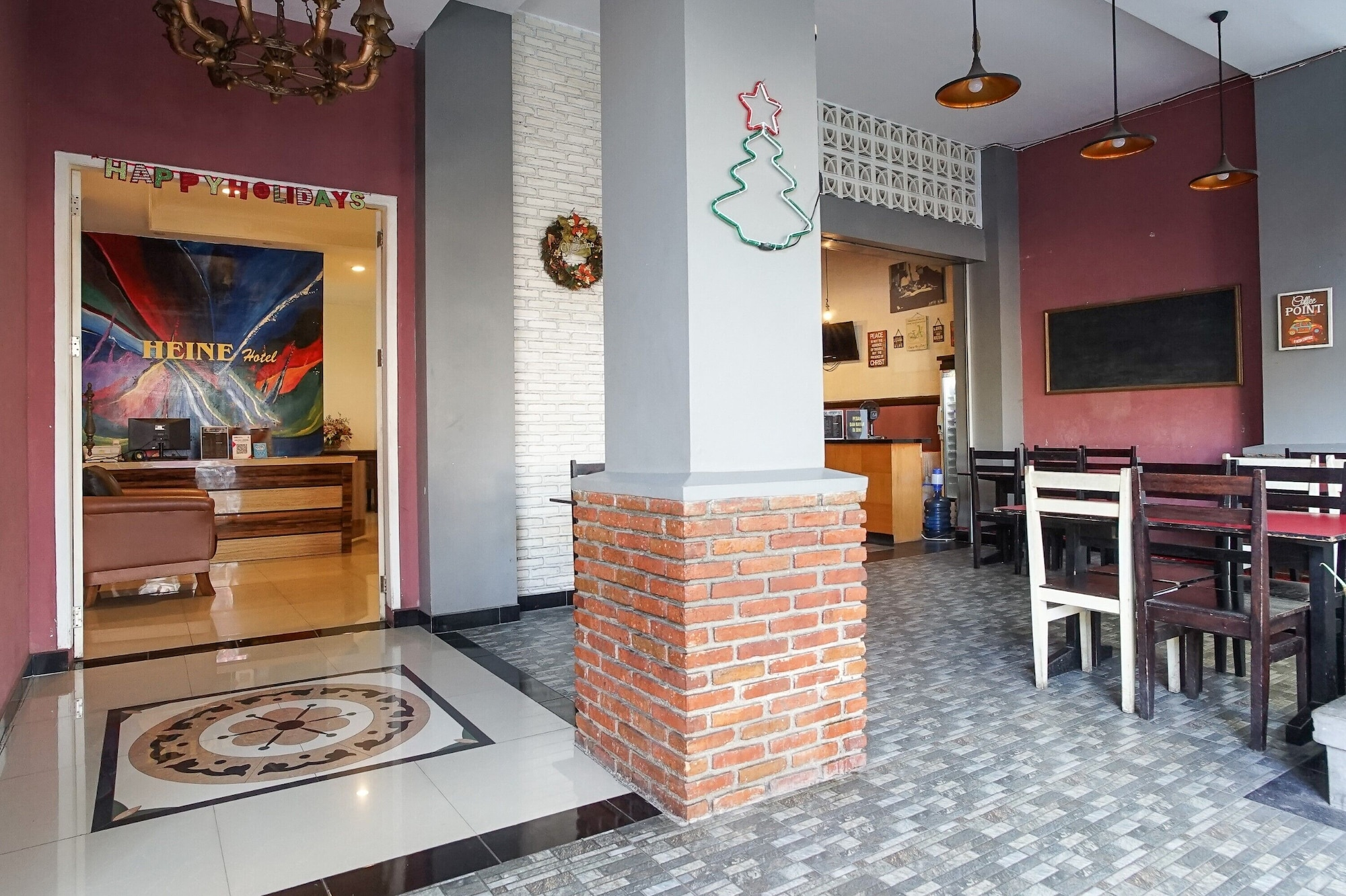 HEINE HOTEL, Manado