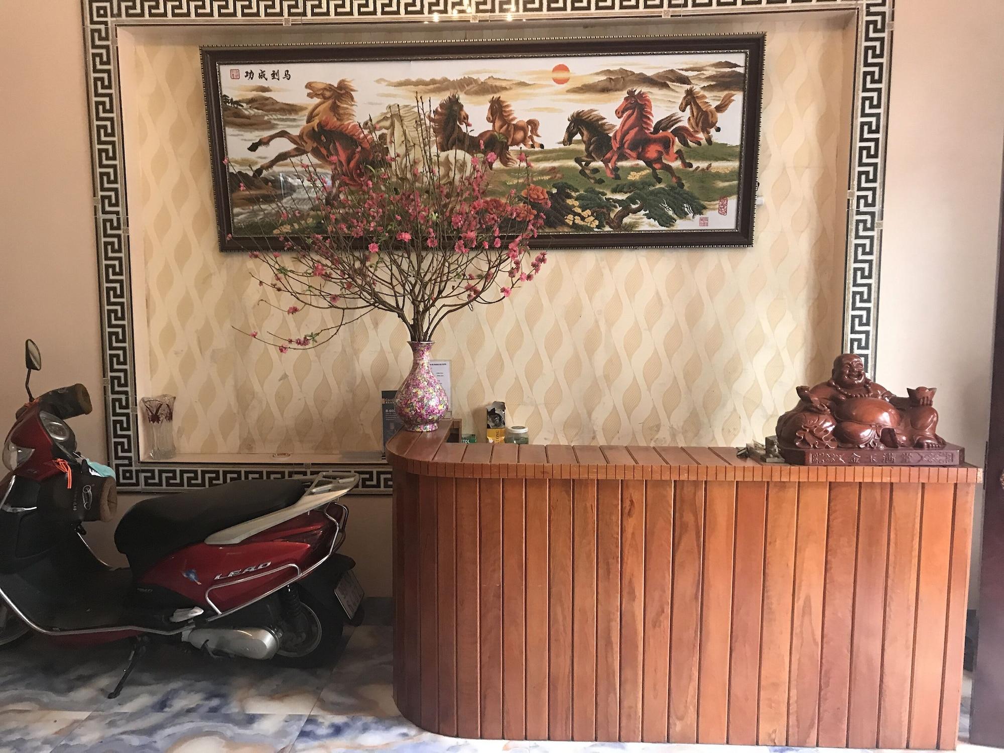 OYO 888 Hoang Gia Hotel, Từ Sơn