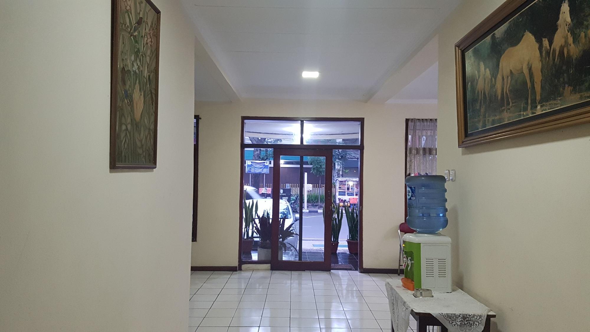 Hotel Kurnia, Bandung