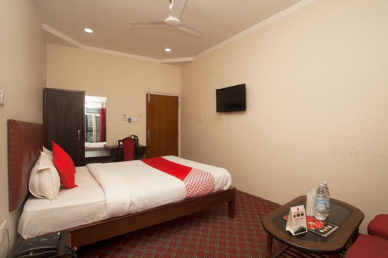 OYO 767 Hotel Eastern Star Pvt Ltd, Koshi