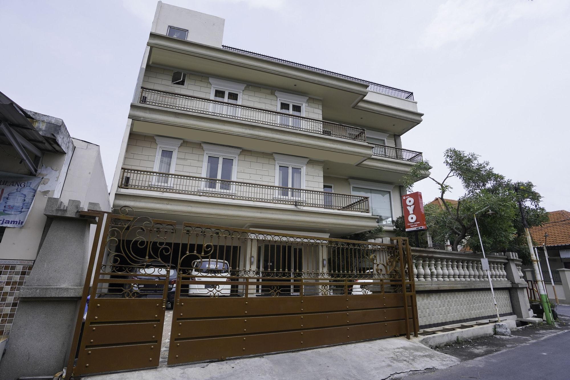 OYO 2680 Zeidan House Syariah, Surabaya