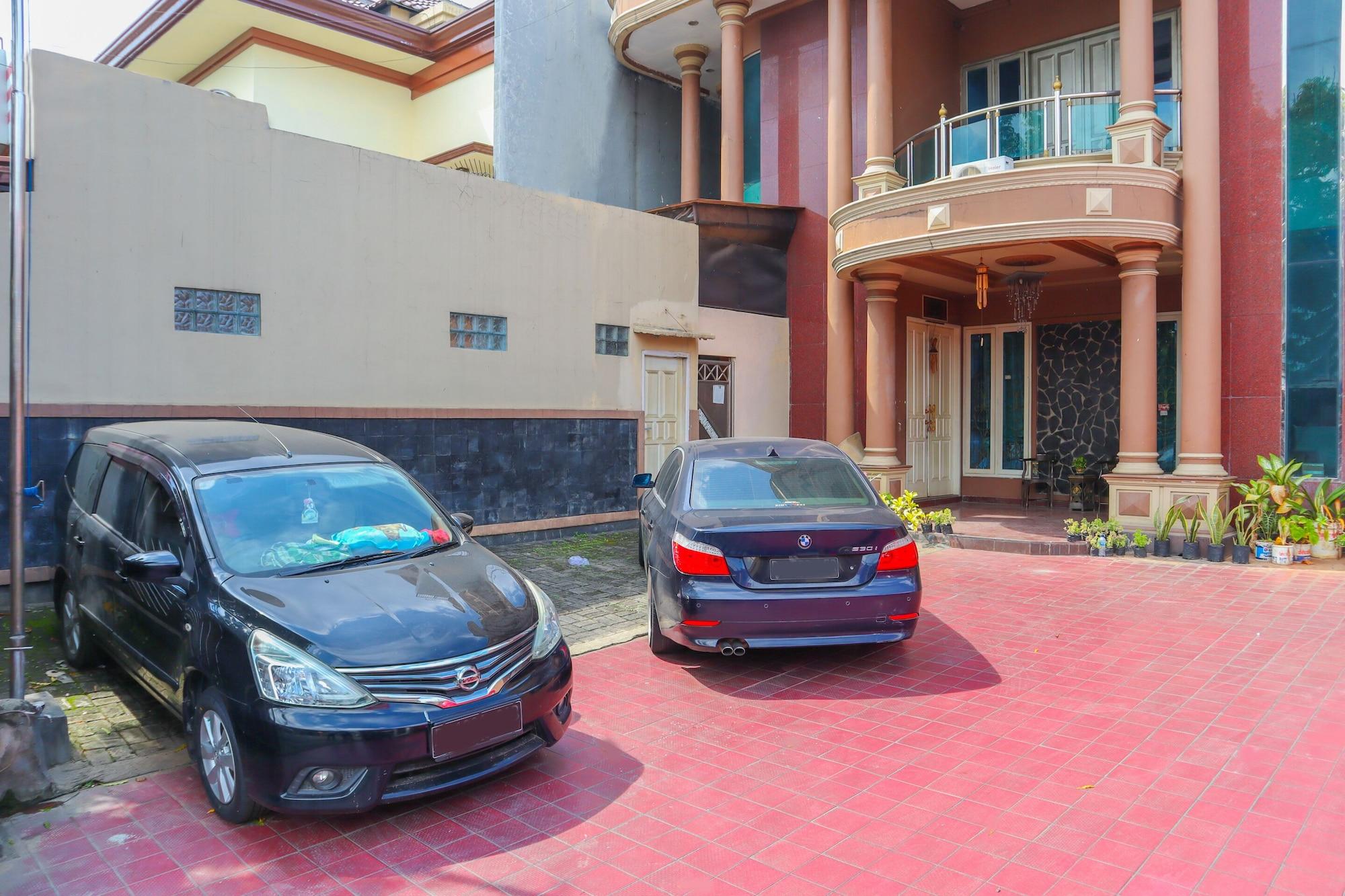 Assirot Residence, Jakarta Selatan
