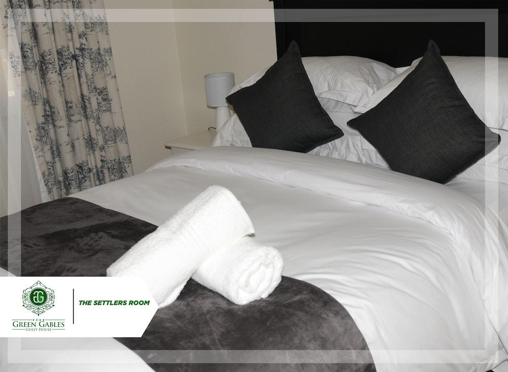 https://i.travelapi.com/hotels/48000000/47030000/47024300/47024227/597400e5_z.jpg