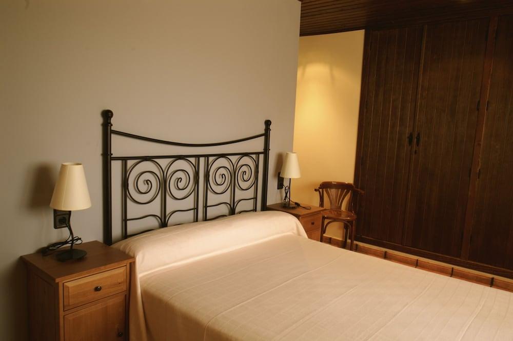 Casas Rurales Hoces Del Cabriel Qantas Hotels
