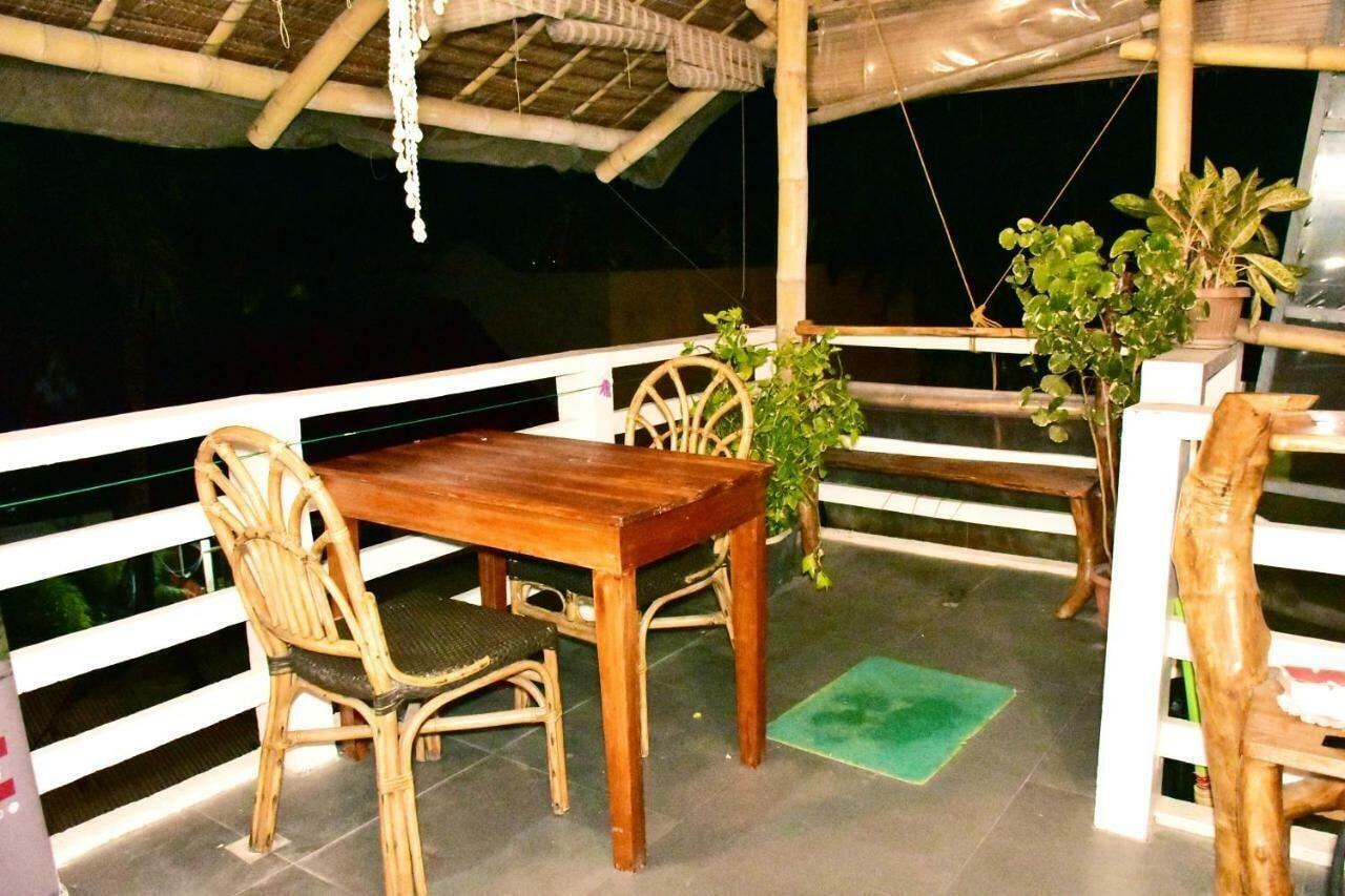 Cocotel Penthouse 8 Colors, Malay