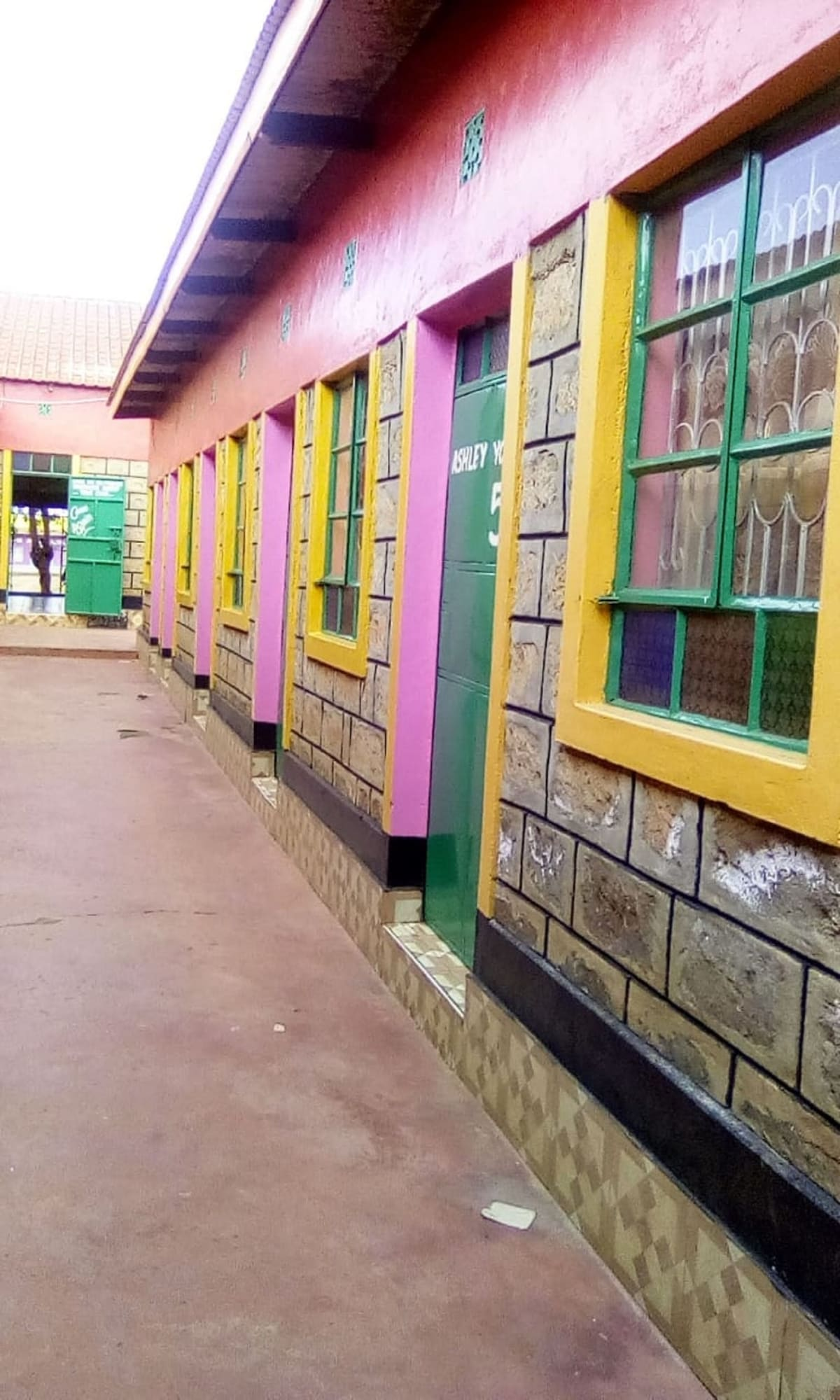 Manchaster Bar Restaurant, Kibwezi West