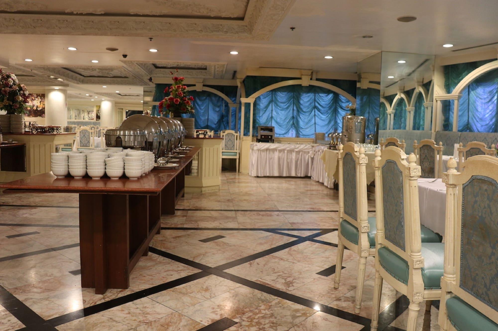 Adriatic Palace Hotel, Ratchathewi