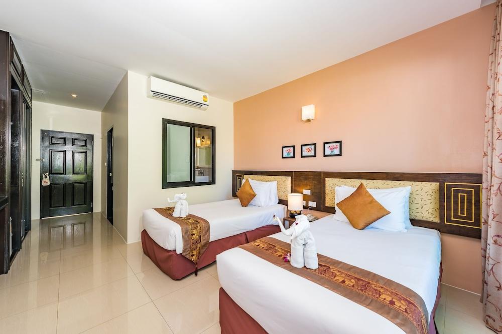 https://i.travelapi.com/hotels/49000000/48460000/48452300/48452226/51659147_z.jpg