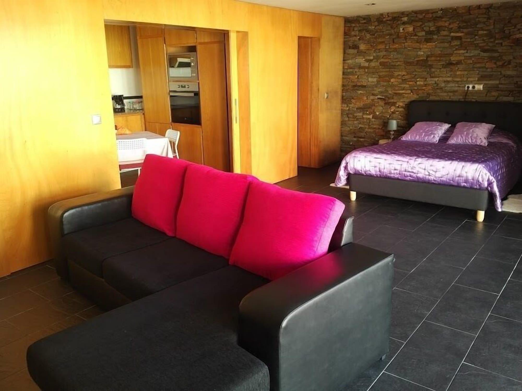 Bouganville Guest House, Seixal
