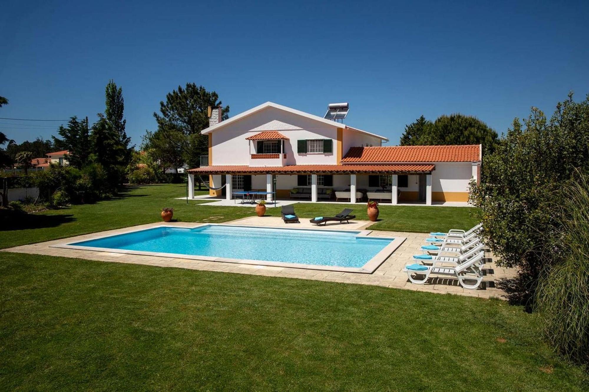 Villa With 5 Bedrooms in Óbidos, With Private Pool, Enclosed Garden and Wifi, Óbidos