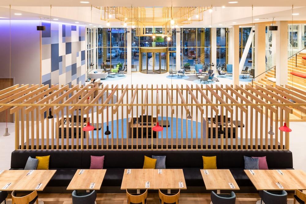 Holiday Inn Express Amsterdam - North Riverside, an IHG Hotel