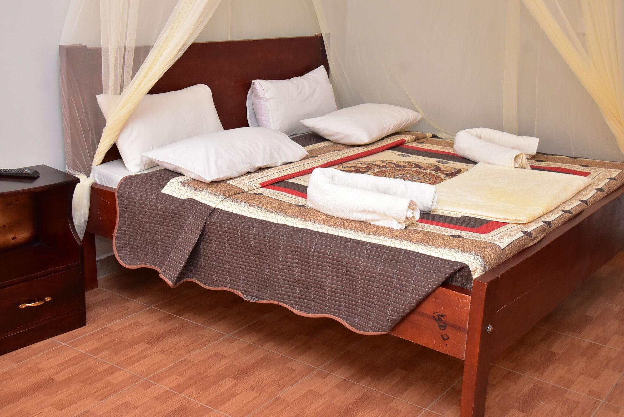 Kaabong Resort Hotel, Dodoth