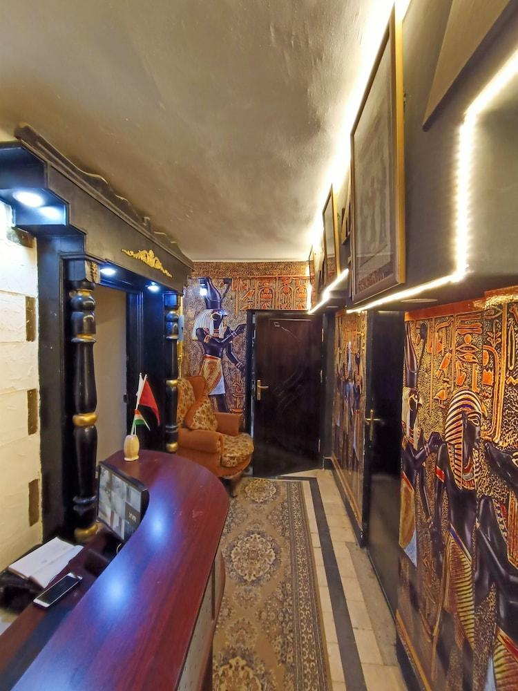 キャッスル ホテル