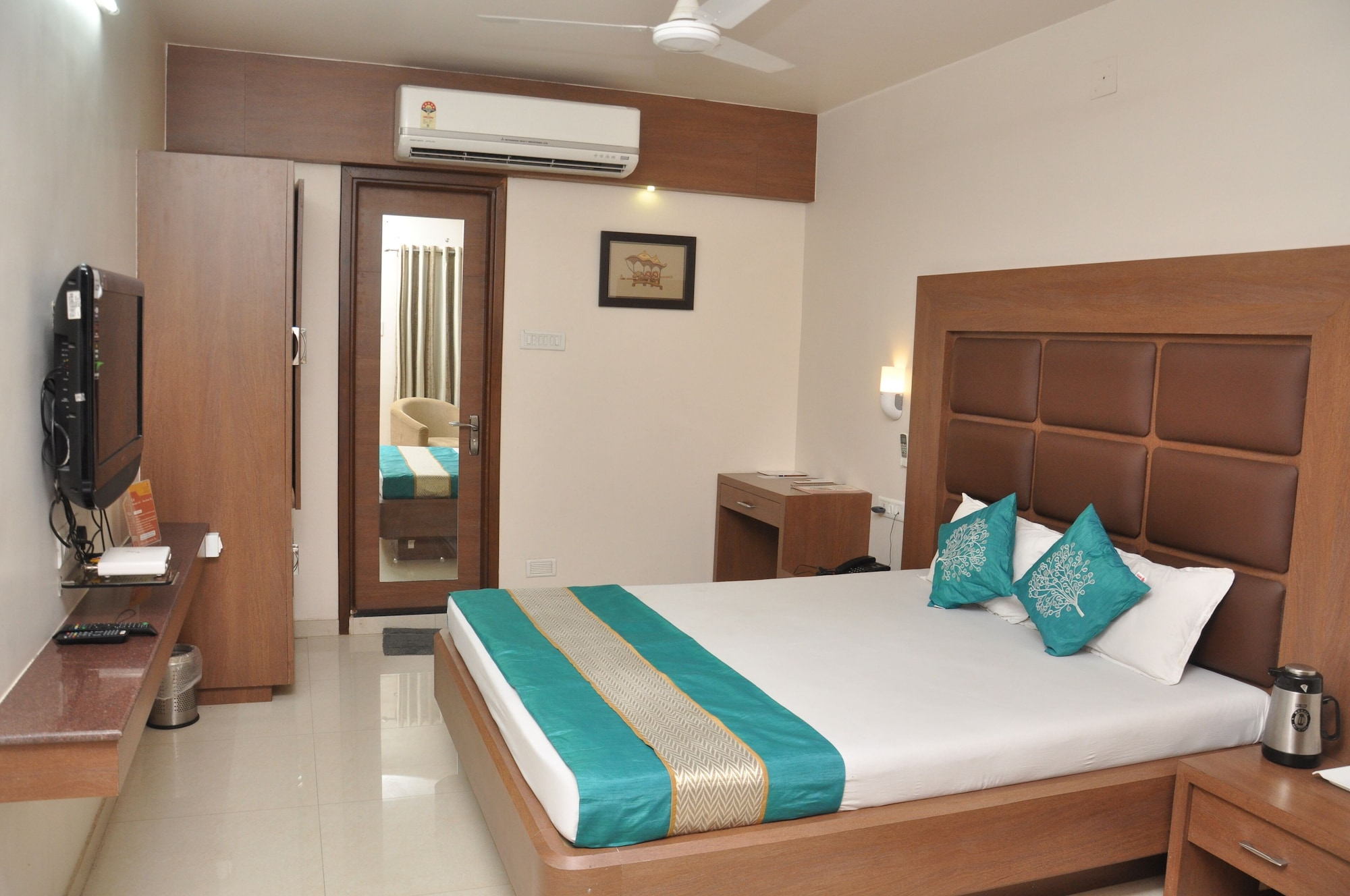 Hotel Rama Residency, Anand