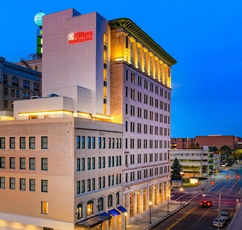 Hilton Garden Inn Flint Downtown Hilton Garden Inn Flint Downtown