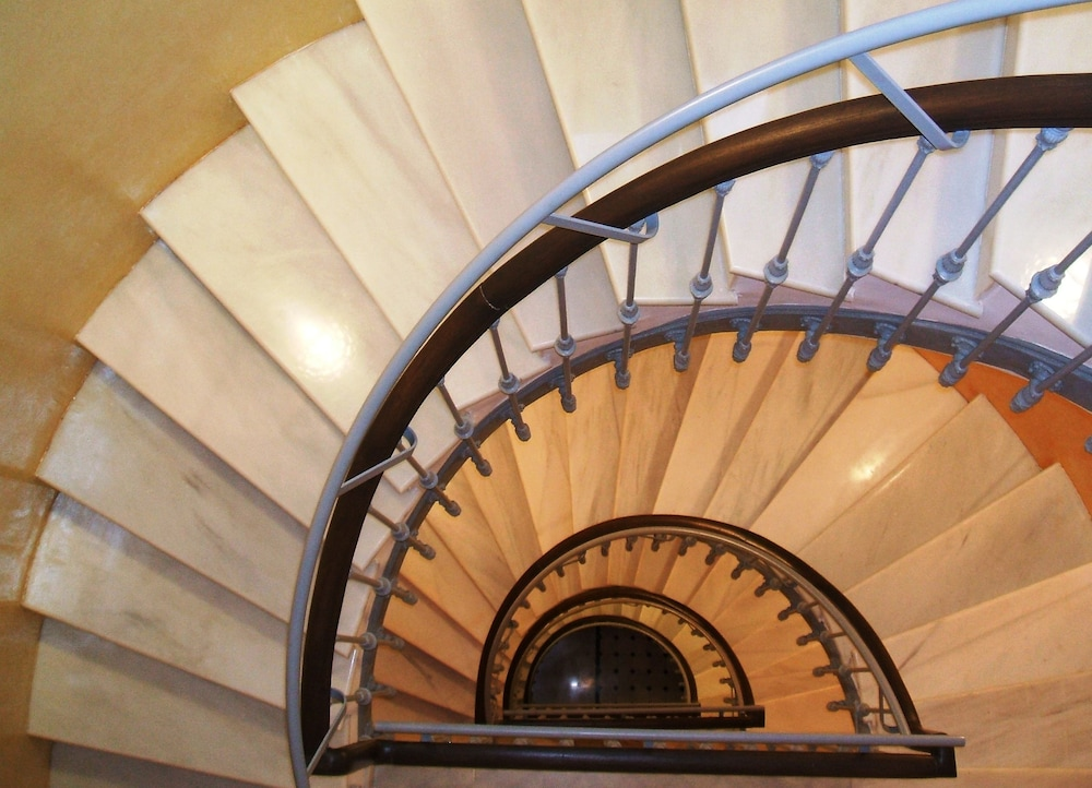 Hotel Interior : Staircase 80 of 134