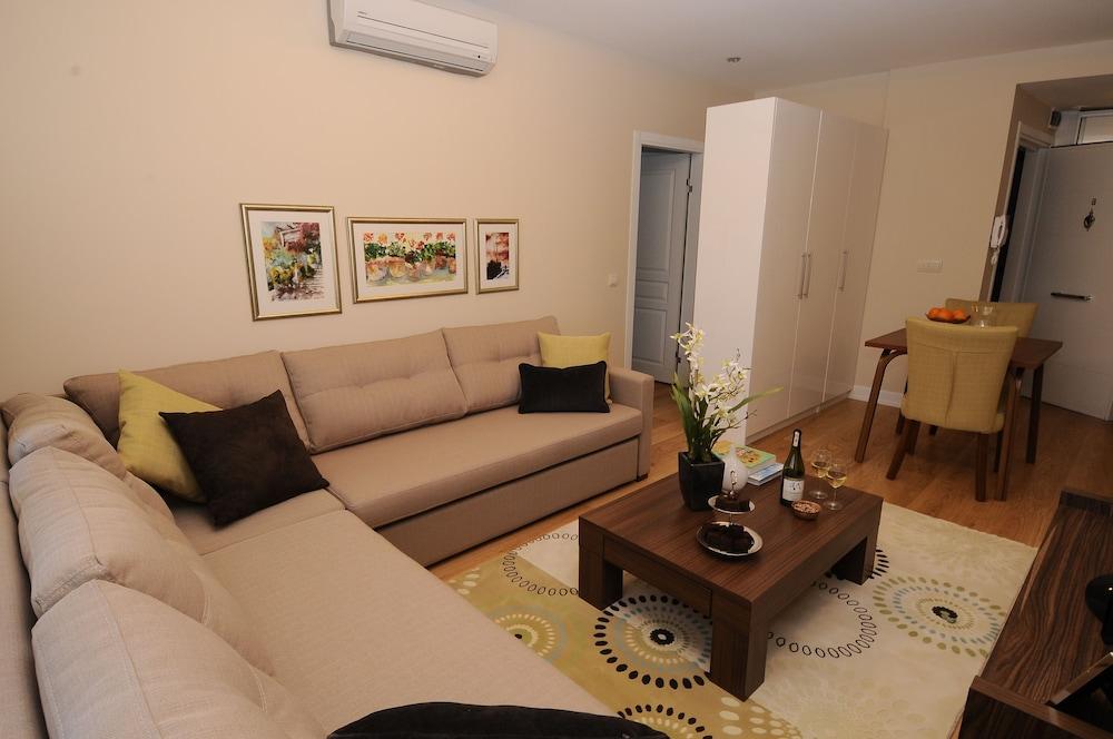 체야 테스비키예(Cheya Tesvikiye) Hotel Image 21 - Living Area