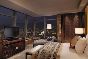 Premier Suite, 1 Bedroom, Non Smoking (Premier Executive)