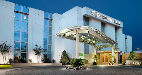 . Crowne Plaza Charleston Airport - Conv Ctr