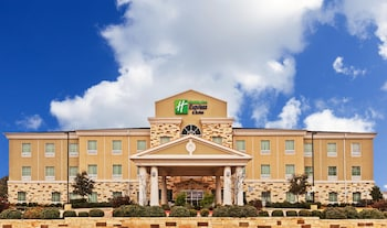 Hotel - Holiday Inn Express Hotel & Suites Brady