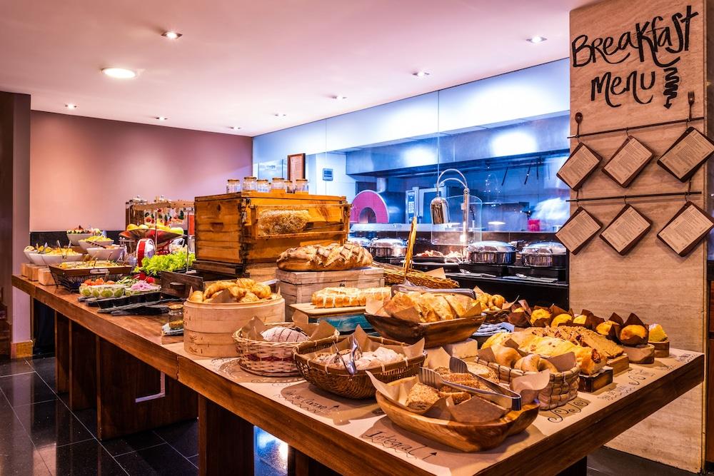 힐튼 보고타(Hilton Bogota) Hotel Image 54 - Breakfast Area