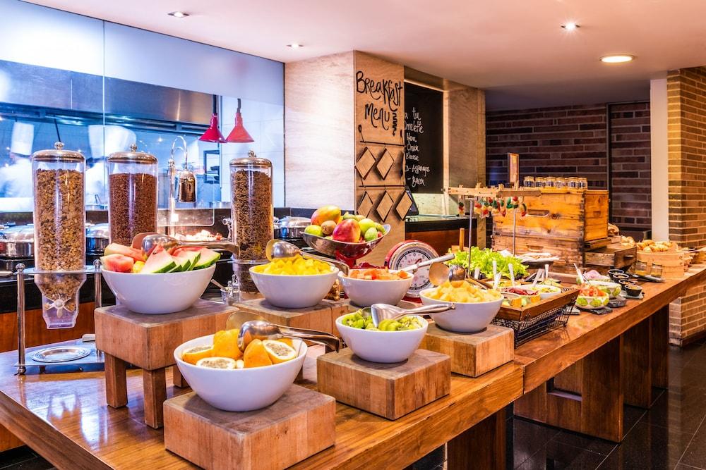 힐튼 보고타(Hilton Bogota) Hotel Image 56 - Breakfast Area