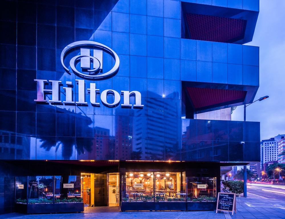 힐튼 보고타(Hilton Bogota) Hotel Image 105 - Hotel Front - Evening/Night