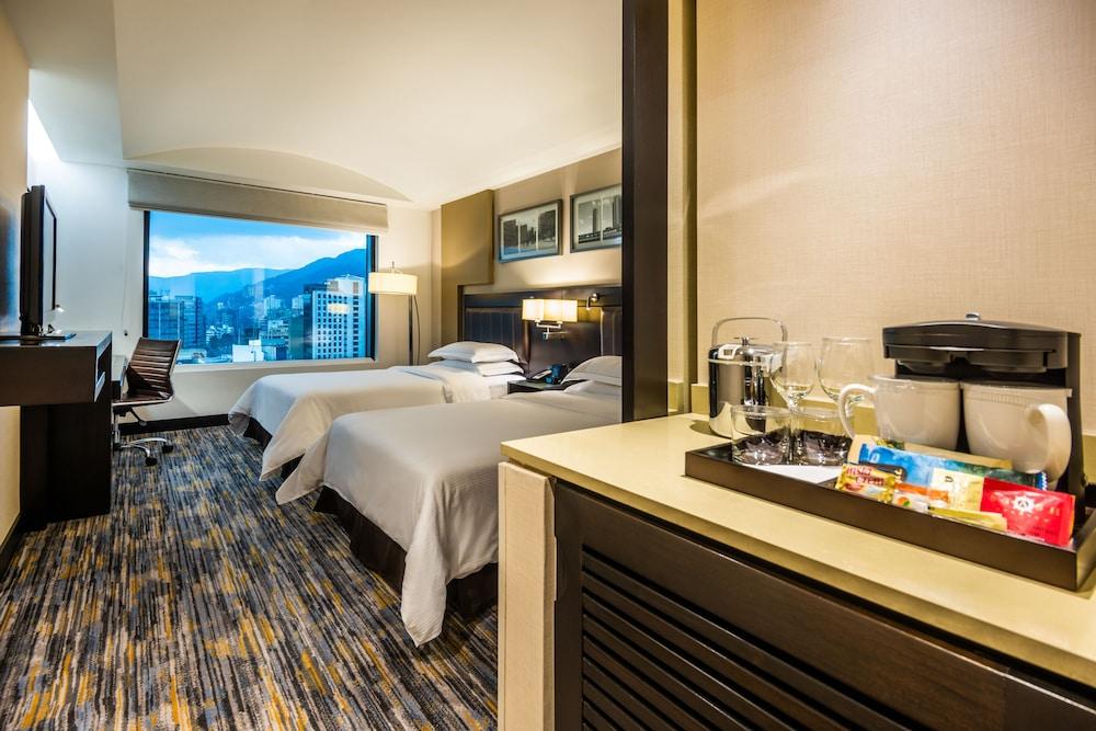 힐튼 보고타(Hilton Bogota) Hotel Image 15 - Guestroom