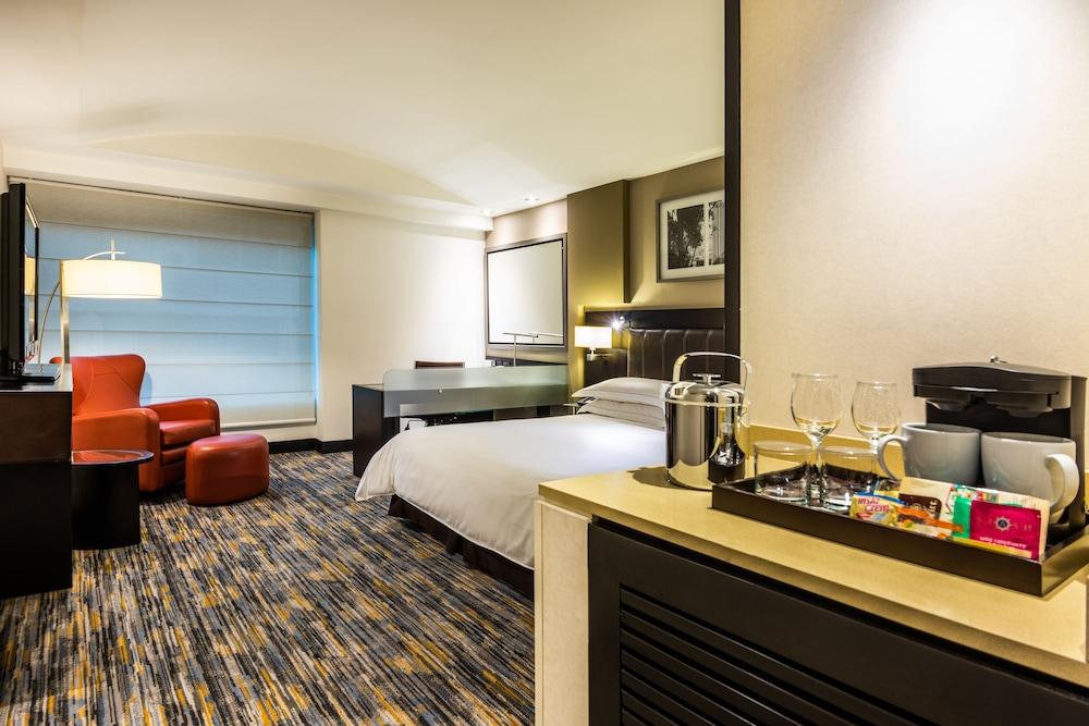 힐튼 보고타(Hilton Bogota) Hotel Image 18 - Guestroom